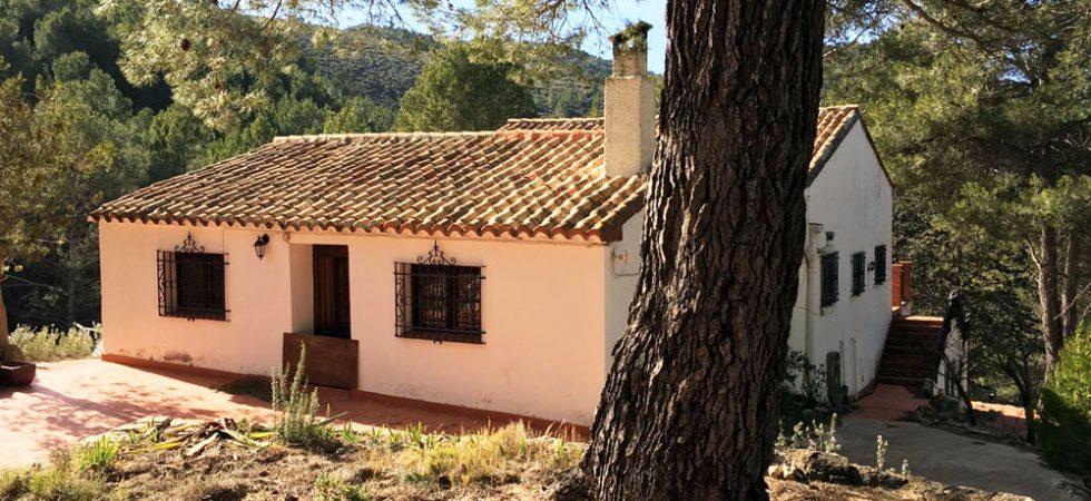Country villas for sale in Valencia