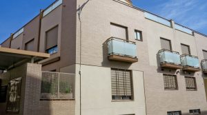Corner town house for sale in Real, Valencia – Ref: 014512