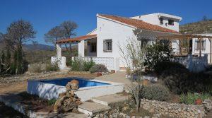 Charming rural villa for sale in Macastre, Valencia – Ref: 014514