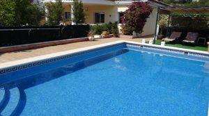 Well presented villa for sale in Alberic, Valencia – Ref: 011416