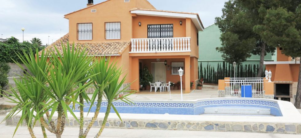 Valencia Real Estate