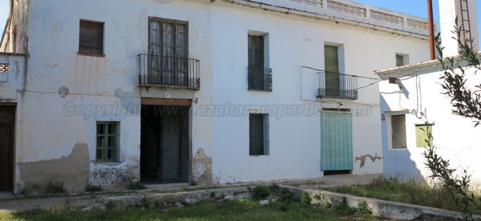 Large finca for sale in Beniarjo, Gandia – Ref: 015560