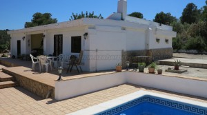 Property for sale in Montroy, Valencia – Ref: 015562