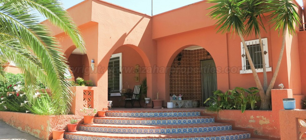 Charming property for sale in Montroy, Valencia – 015564