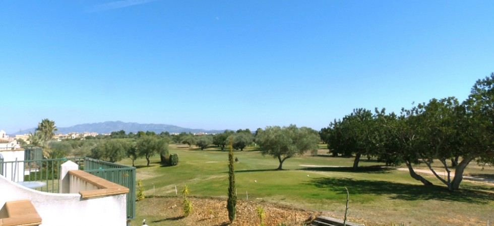 Penthouse golf apartments for sale Castellón – Ref: 015598