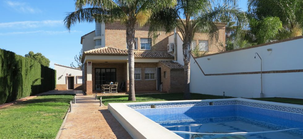 Luxury villas for sale Valencia