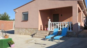 One of our charming villas for sale Pedralba Valencia – Ref: 016610