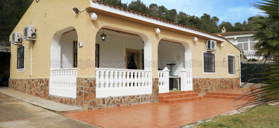 Villas for sale in Vilamarxant Valencia – Ref: 016616