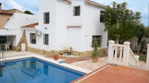 Large villa for sale in Lliria Valencia – Ref: 016617
