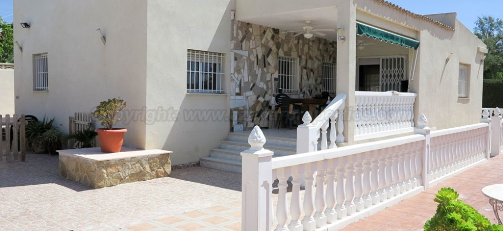 Desirable villa for sale Lliria Valencia – Ref: 016619