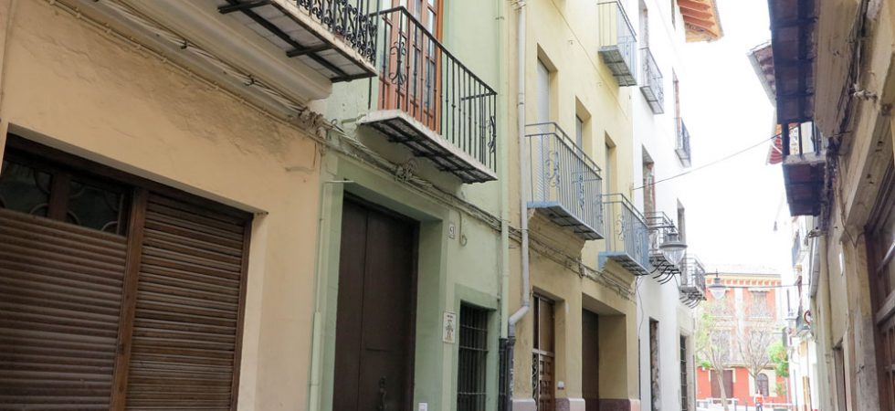Valencia townhouses for sale