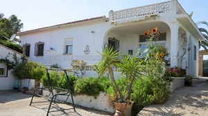 Charming villa for sale in Turis Valencia – Ref: 016631
