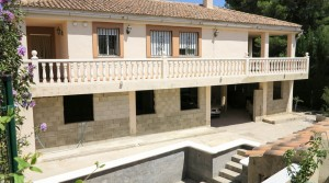 Large property for sale in Turis Valencia – Ref: 016639