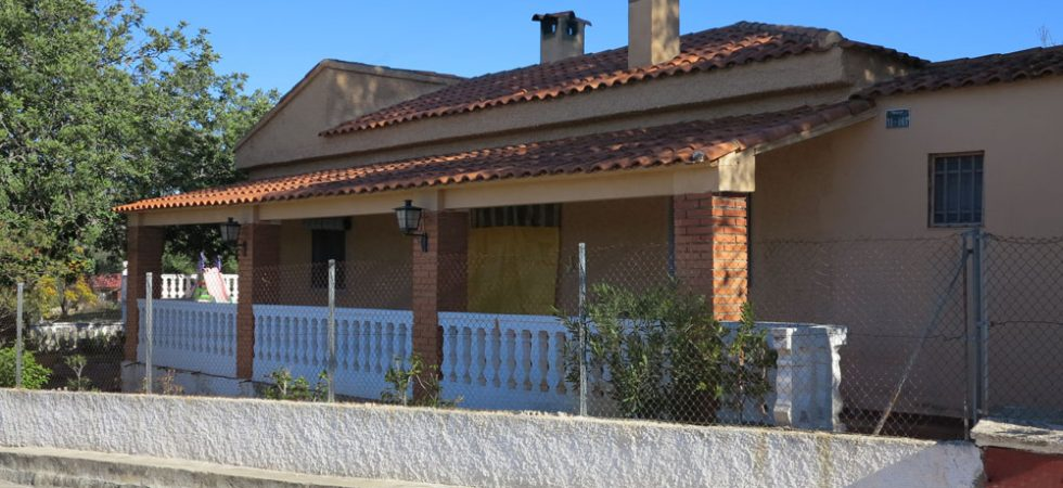 Country villa for sale Montroy Valencia – Ref: 017671