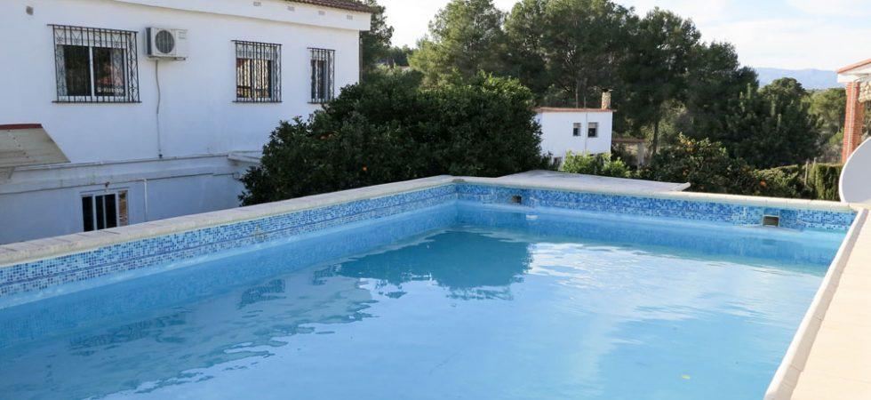 10m x 6m swimming pool