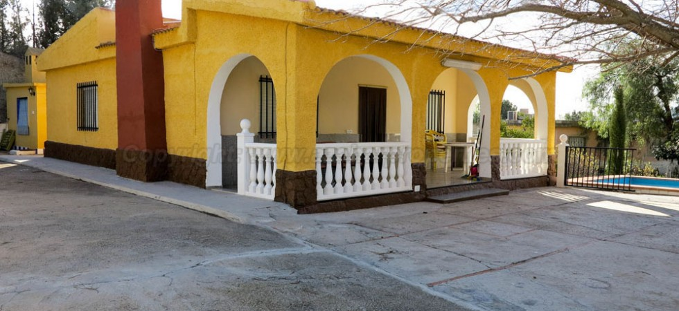 Country property for sale Montroy Valencia – Ref: 017673
