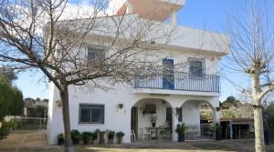 Large villa for sale Monserrat Valencia – Ref: 017675