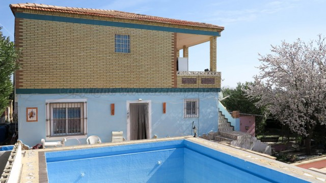 Cheap property for sale Picassent Valencia