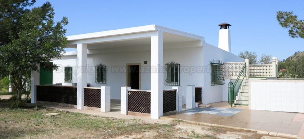 Country villa for sale Montroy Valencia – Ref: 017681