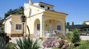 Immaculate house for sale Benaguasil Valencia – 017690