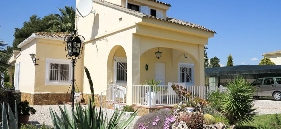 Immaculate house for sale Benaguasil Valencia – 017690