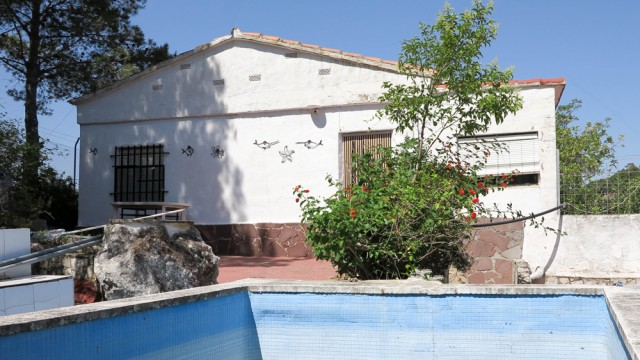 Cheap property for sale Montroy Valencia