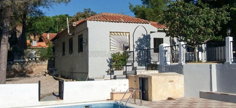 Country villa for sale Yatova Valencia – 017701
