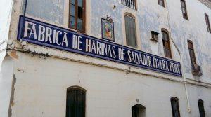 Huge corner building for sale Pedralba Valencia – 017711