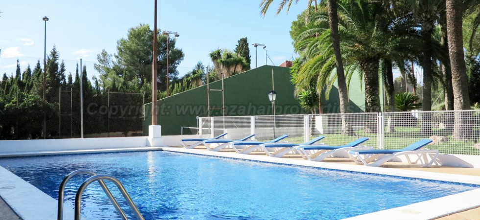 12m x 6m swimming pool With showerPool house - 2m² • Dry store room - 8m²(not shown)