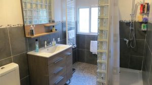 Bathroom - 9m²