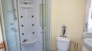 Shower room - 5m²