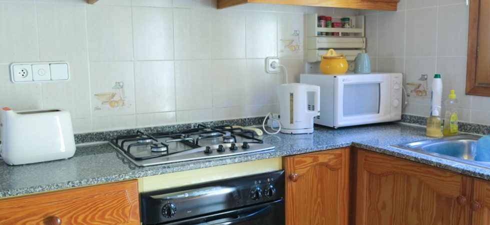 Kitchen - 8m² With additional utlity room - 2m²