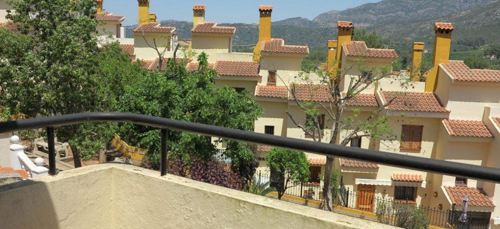 Bedroom 1 Balcony terrace - 6m²