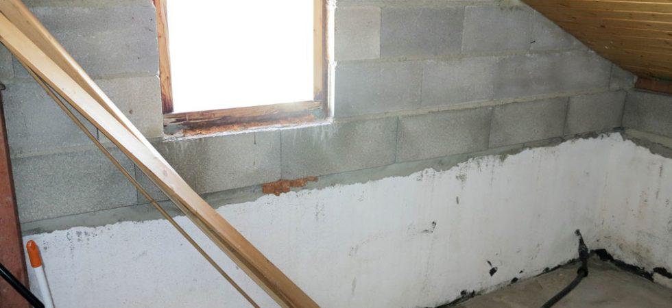 First floor Bedroom 2 En-suite - 7m²