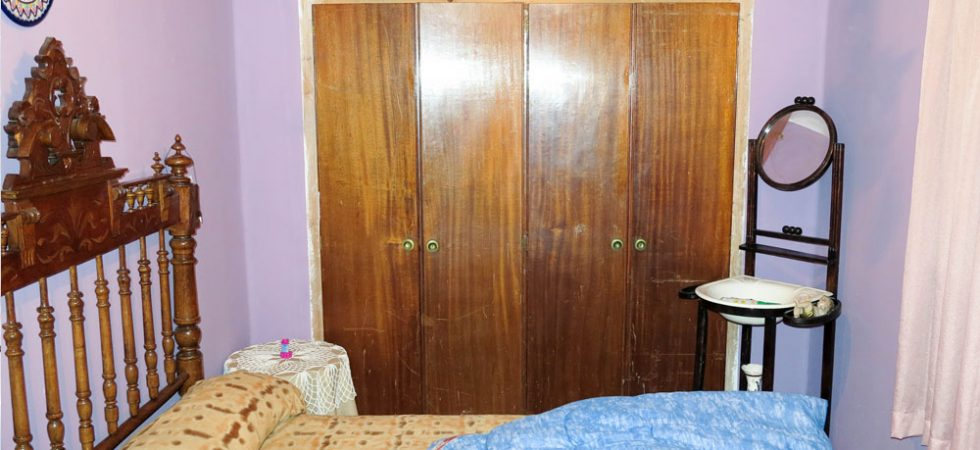 Bedroom 1 - 9m²