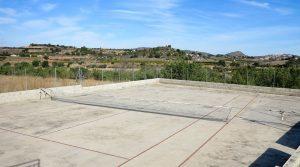 18m x 32m tennis court