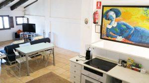 2nd Lounge/kitchen