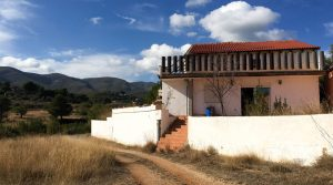 Rural property for sale Chiva Valencia – Ref: 018730