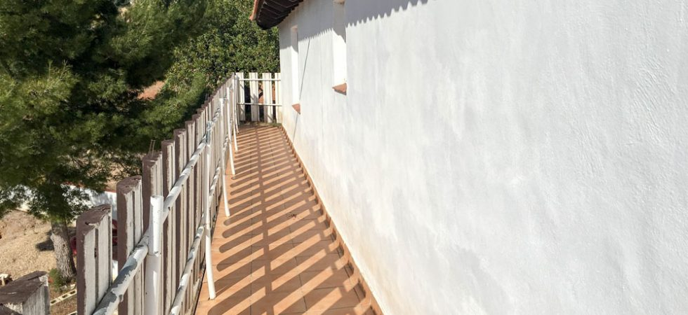 Bedroom 1 Balcony terrace x 2 - 13m² each