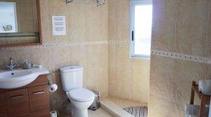 Apartment Bathroom - 6m²