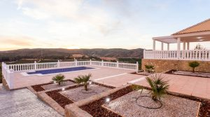 Large Villa for sale San Cristobal Valencia – 018732