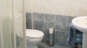 Bathroom - 3m²