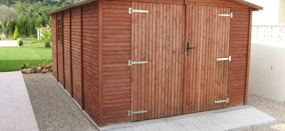 Wooden shed - 15m²