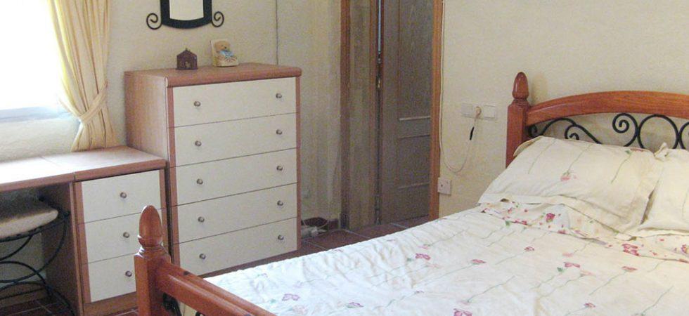 Bedroom 1 - 11m² With en-suite