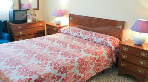 House 2 Bedroom 2 - 10m²