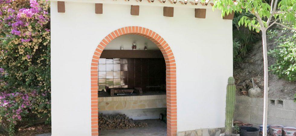 Outside kitchen - 8m²