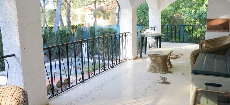 Covered terrace - 48m²