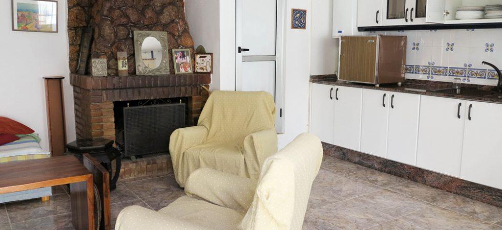 Apartment Lounge / Kitchen