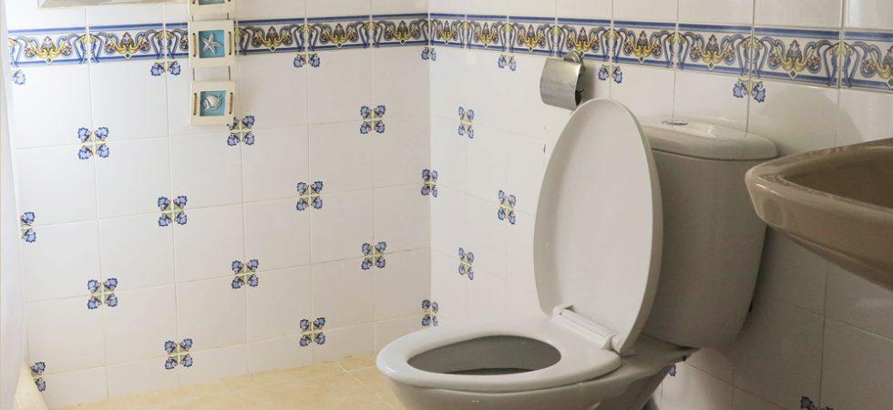 Apartment Bathroom - 5m²