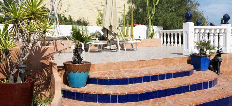 Sun bathing terrace